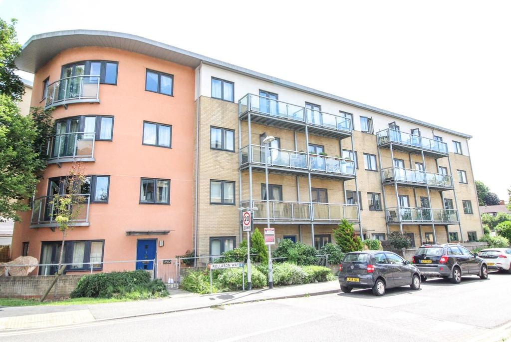 1 Bedroom Apartment Flat for sale in Botham House, Rollason Way, Brentwood, Essex, CM14
