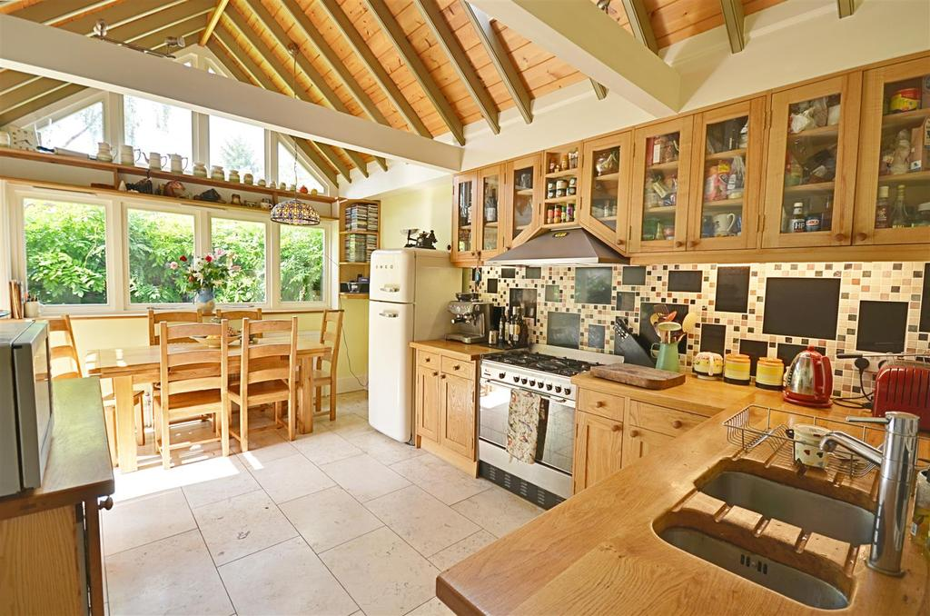 2 Bedrooms House for sale in High Street, Tenterden