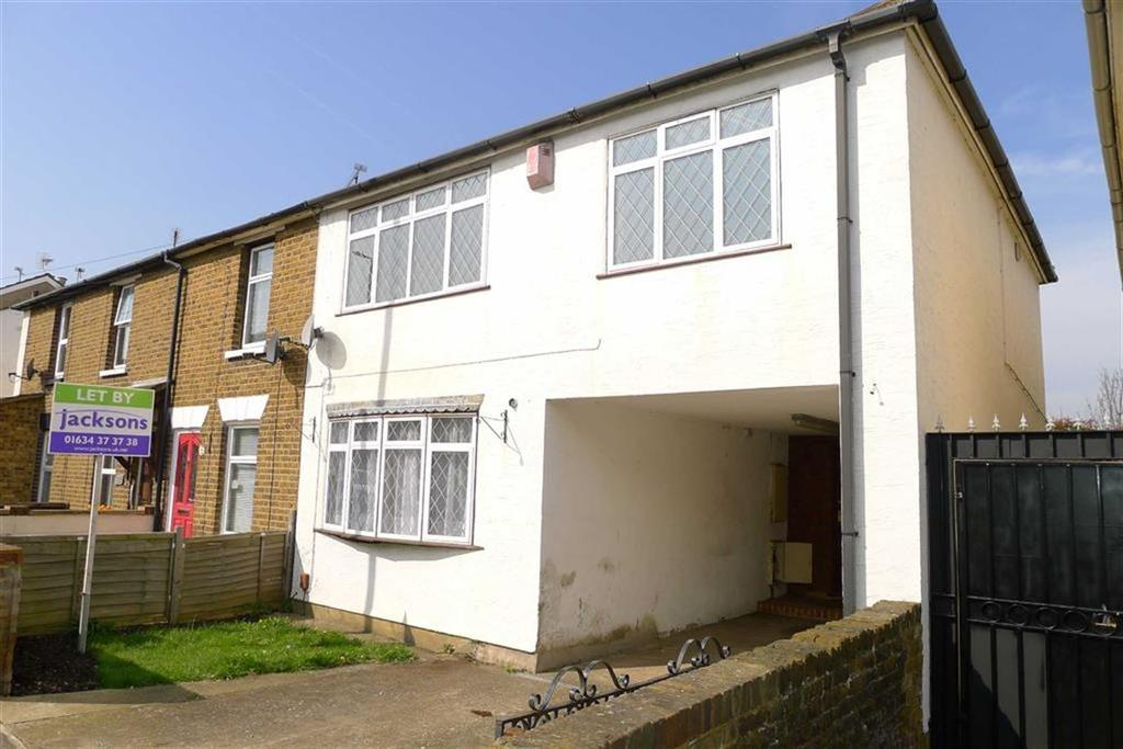 3 Bedrooms End Of Terrace House for sale in Station Road, Rainham, Kent, ME8