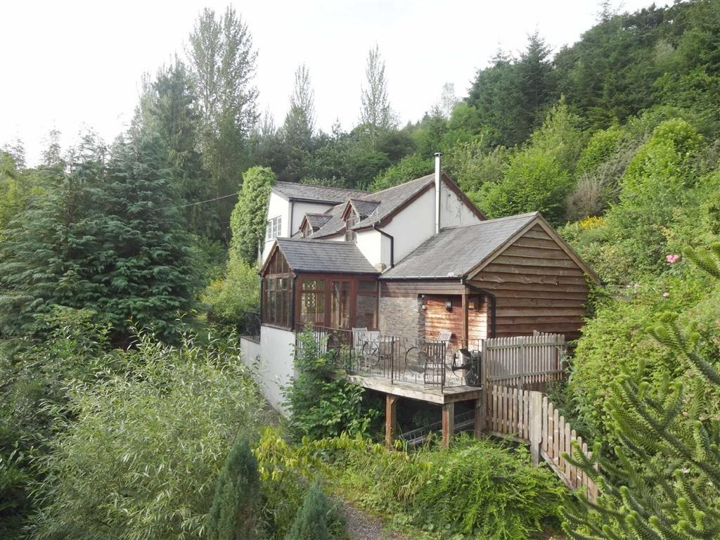 5 Bedrooms Detached House for sale in Sycamore Cottage, Leighton, Welshpool, Powys, SY21