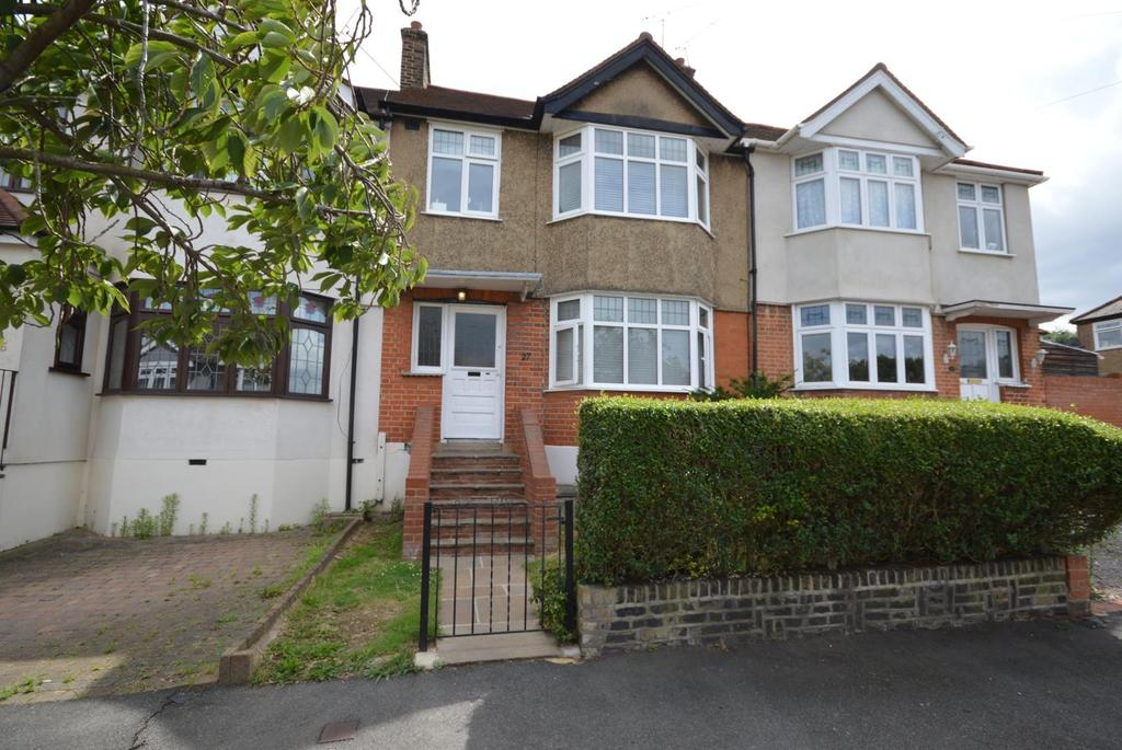 3 Bedrooms Terraced House for sale in Boscombe Avenue, Hornchurch, Essex, RM11
