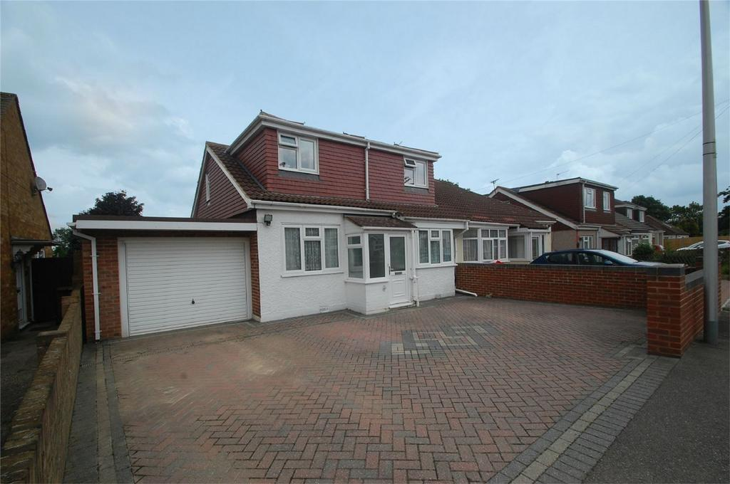 5 Bedrooms Semi Detached House for sale in Fairview Avenue, Wigmore, Kent