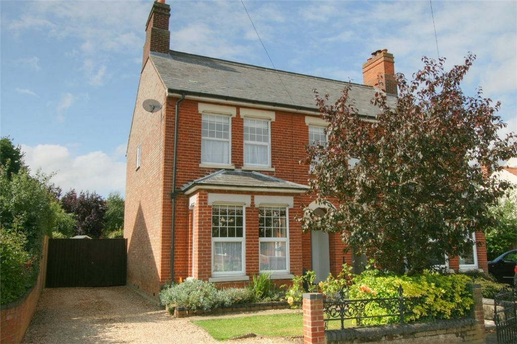 3 Bedrooms Semi Detached House for sale in London Road, NR17 2DD, ATTLEBOROUGH, Norfolk
