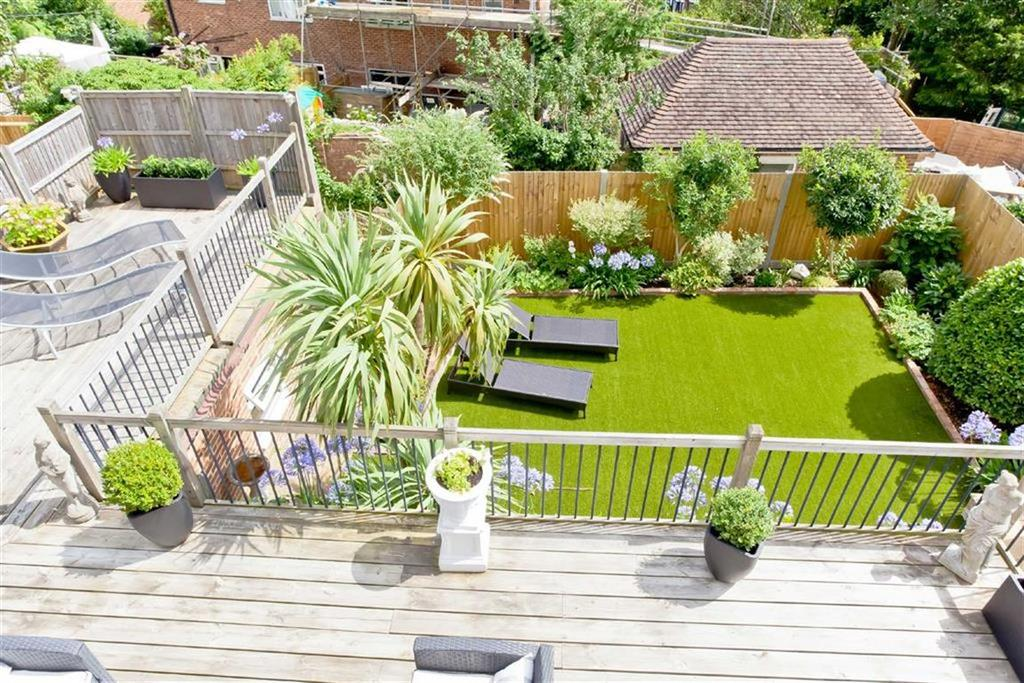 3 Bedrooms Detached Bungalow for sale in Fernwood Rise, Brighton, East Sussex