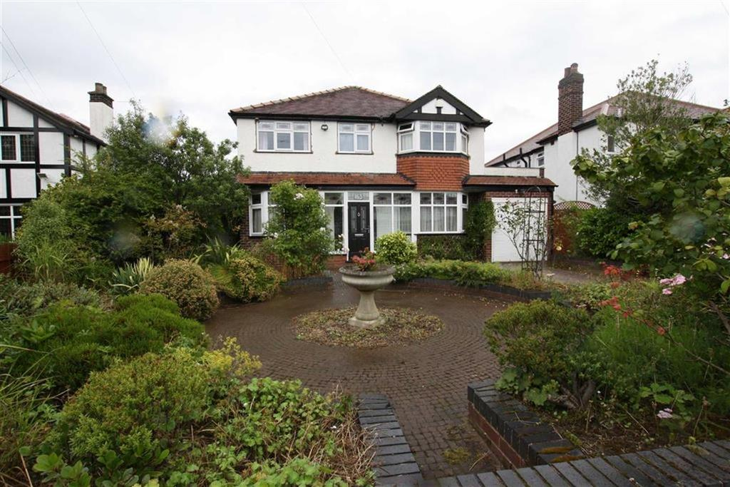4 Bedrooms Detached House for sale in Framingham Road, Sale