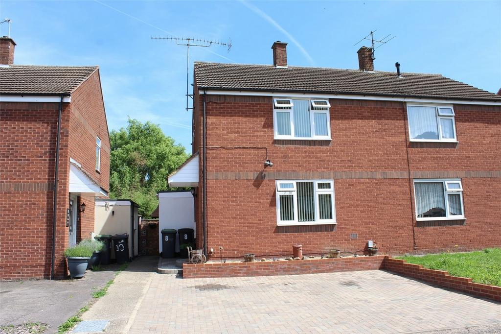 2 Bedrooms Semi Detached House for sale in The Rally, Arlesey, Bedfordshire