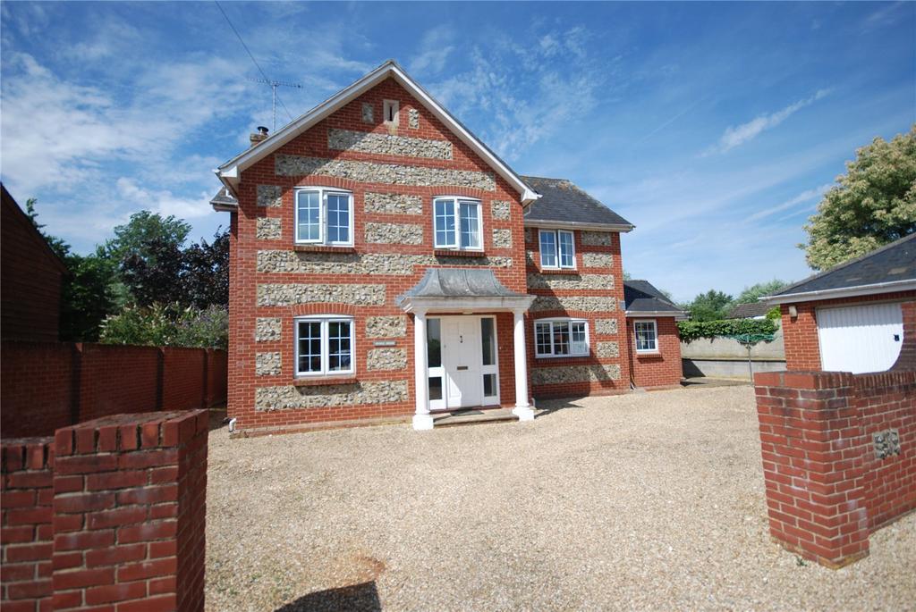 4 Bedrooms Detached House for sale in High Street, Figheldean, Salisbury, Wiltshire, SP4