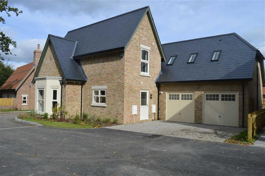 5 Bedrooms Detached House for sale in Gravel Hill, Wimborne, Dorset
