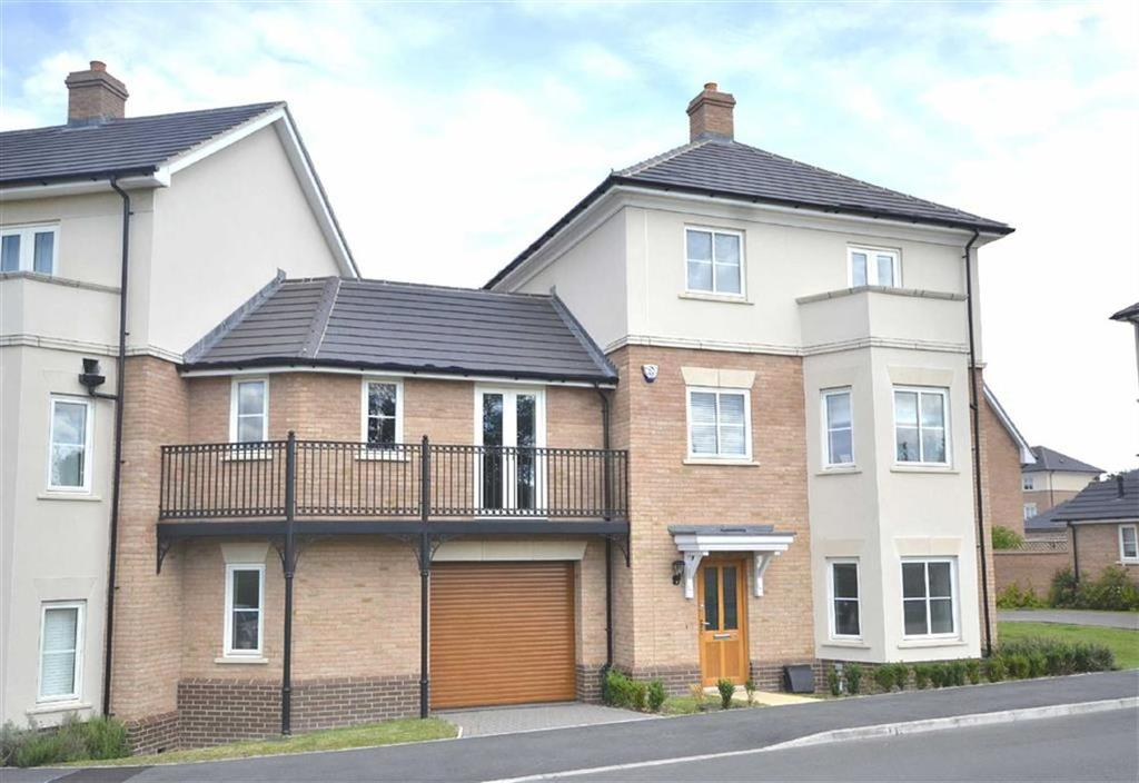4 Bedrooms Semi Detached House for sale in Buckingham Road, Epping, Essex, CM16