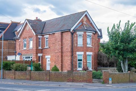 2 bedroom flat for sale - Alexandra Road, Parkstone, Poole