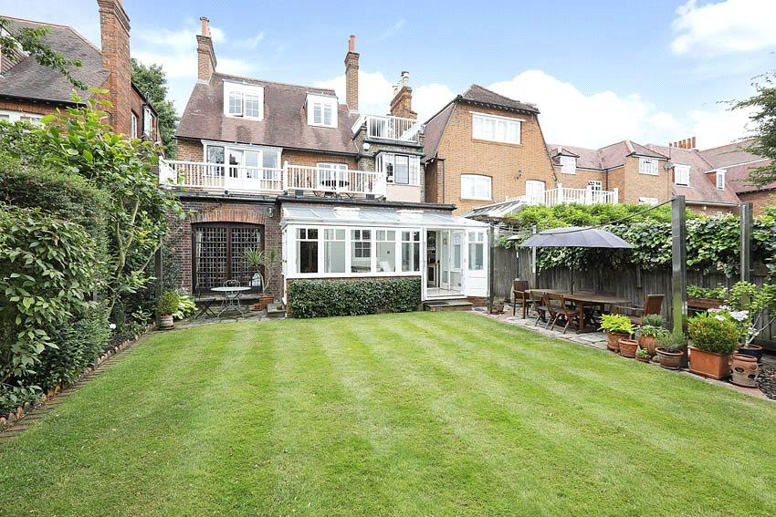 5 Bedrooms Residential Development Commercial for sale in Queen Annes Grove, Chiswick, London, W4