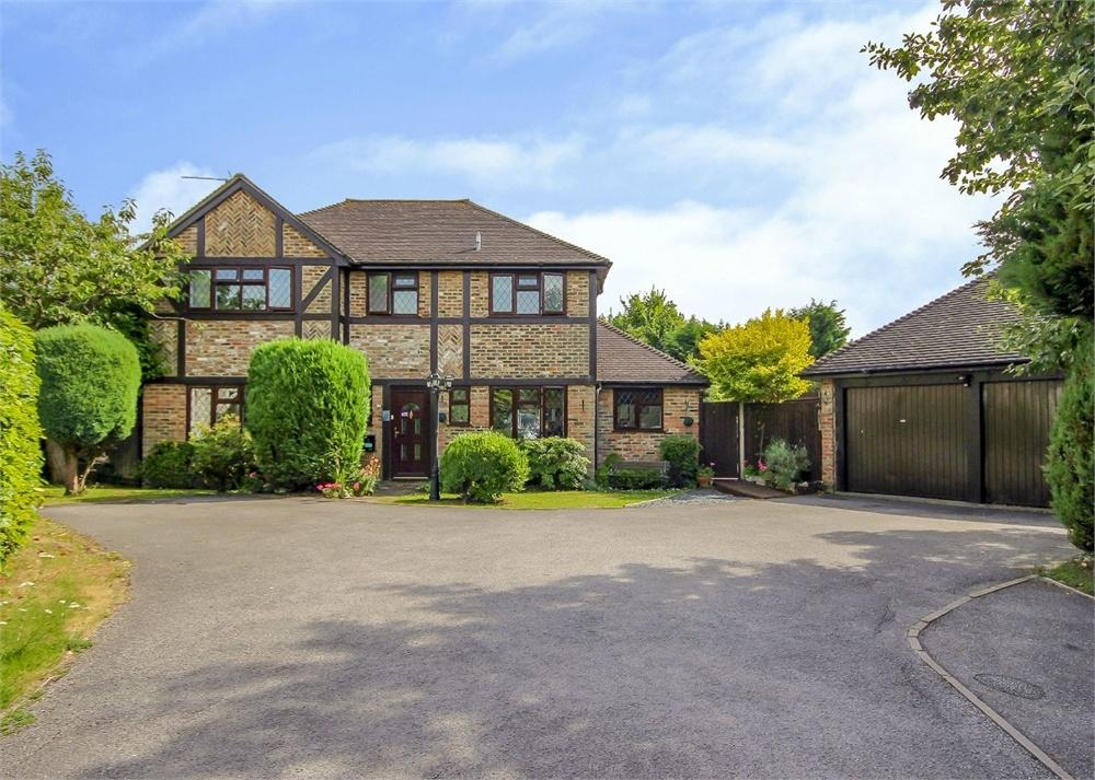 4 Bedrooms Detached House for sale in Buckhurst Hill, The Warren, Bracknell, Berkshire
