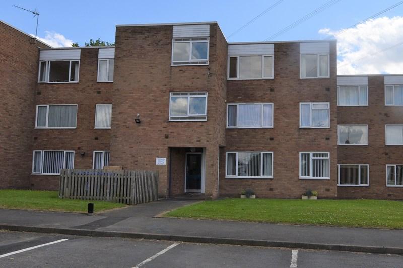 2 Bedrooms Flat for sale in Binswood Road, Halesowen
