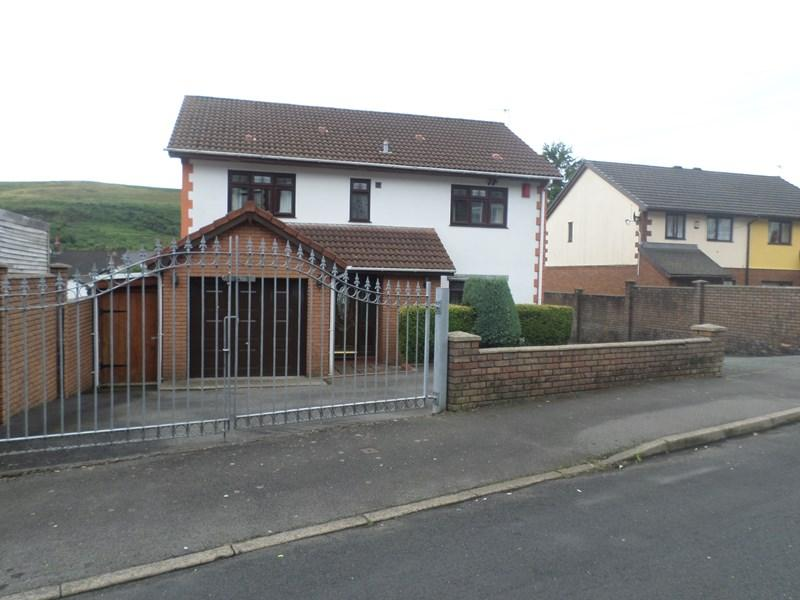 4 Bedrooms Detached House for sale in Evans Terrace, Trealaw, Tonypandy