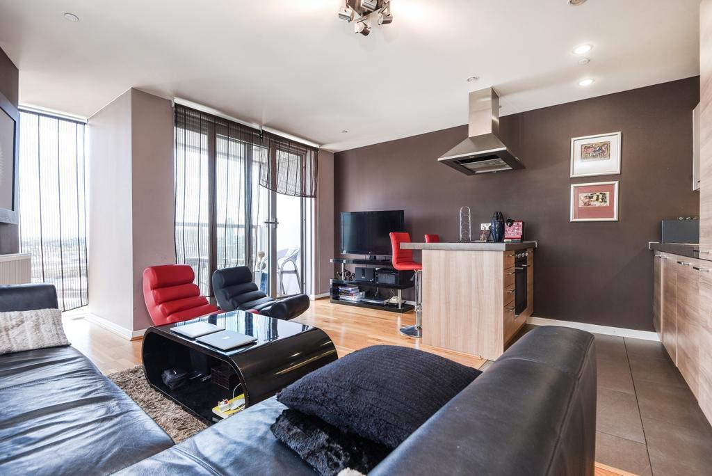 1 Bedroom Flat for sale in Laban Walk London SE8