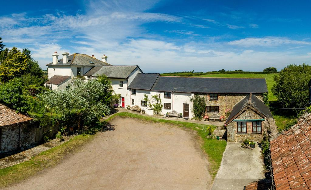 15 Bedrooms Equestrian Facility Character Property for sale in Abbotsham, Bideford