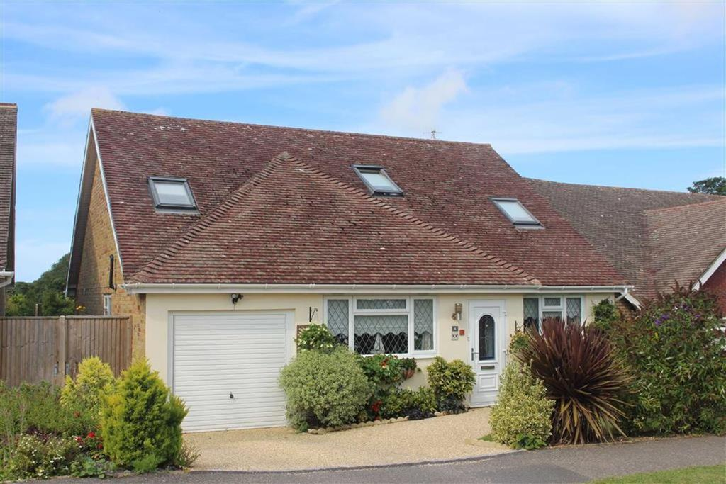 4 Bedrooms Detached House for sale in Alfriston Park, Seaford