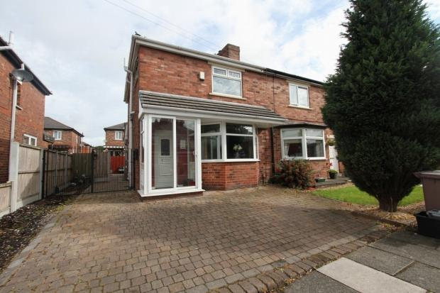 3 Bedrooms Semi Detached House for sale in Norman Avenue Haydock St Helens