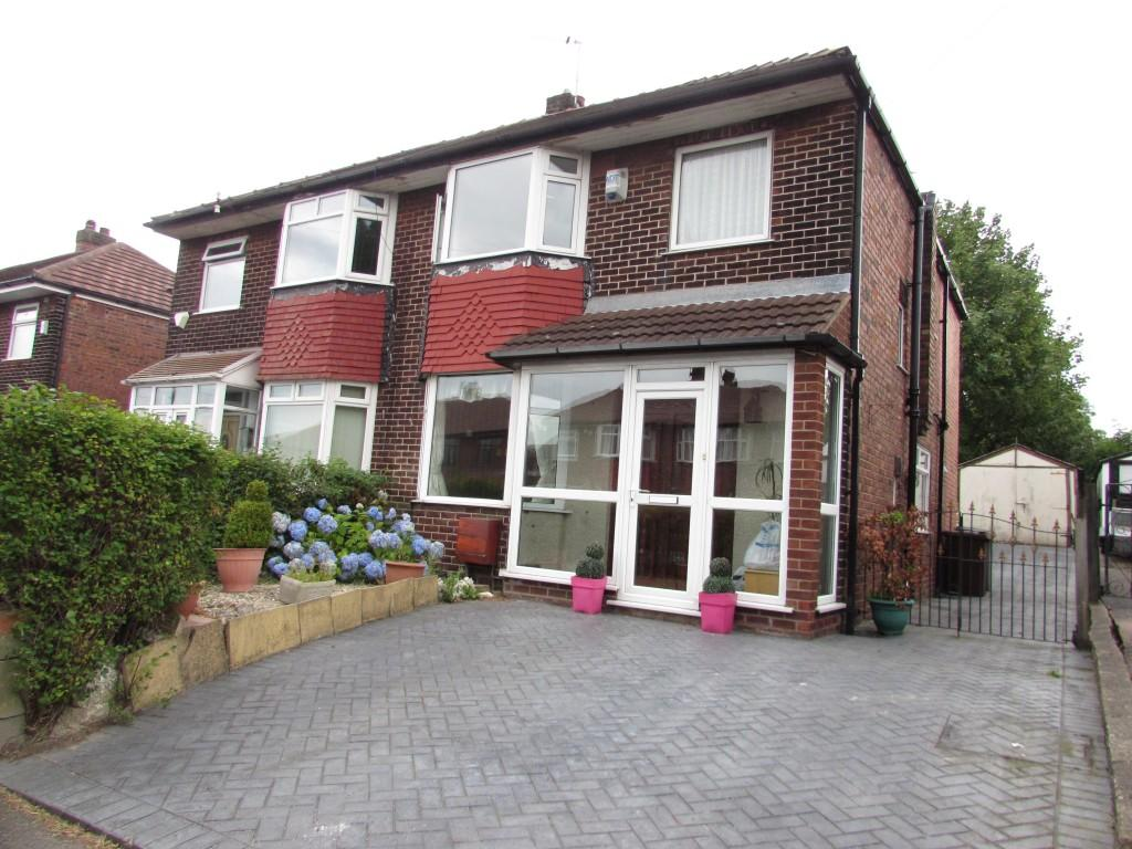 4 Bedrooms Semi Detached House for sale in Palmerston Road, Manchester