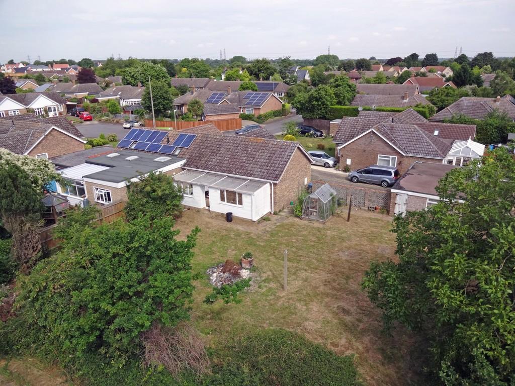 2 Bedrooms Semi Detached Bungalow for sale in Post Mill Crescent, Grundisburgh, Woodbridge