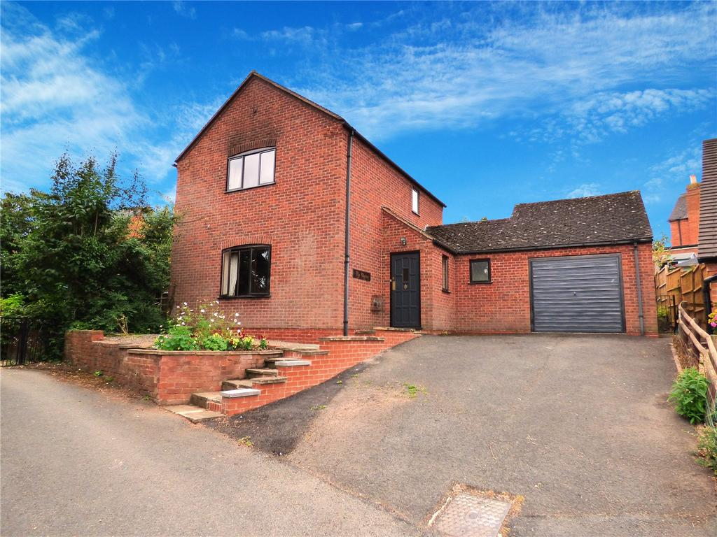3 Bedrooms Detached House for sale in Cornwall Gardens, Tenbury Wells, Worcestershire