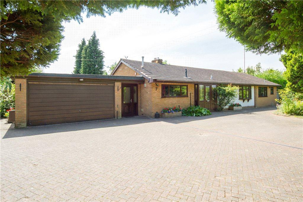 5 Bedrooms Detached Bungalow for sale in Stanklyn Lane, Stone, Kidderminster, DY10