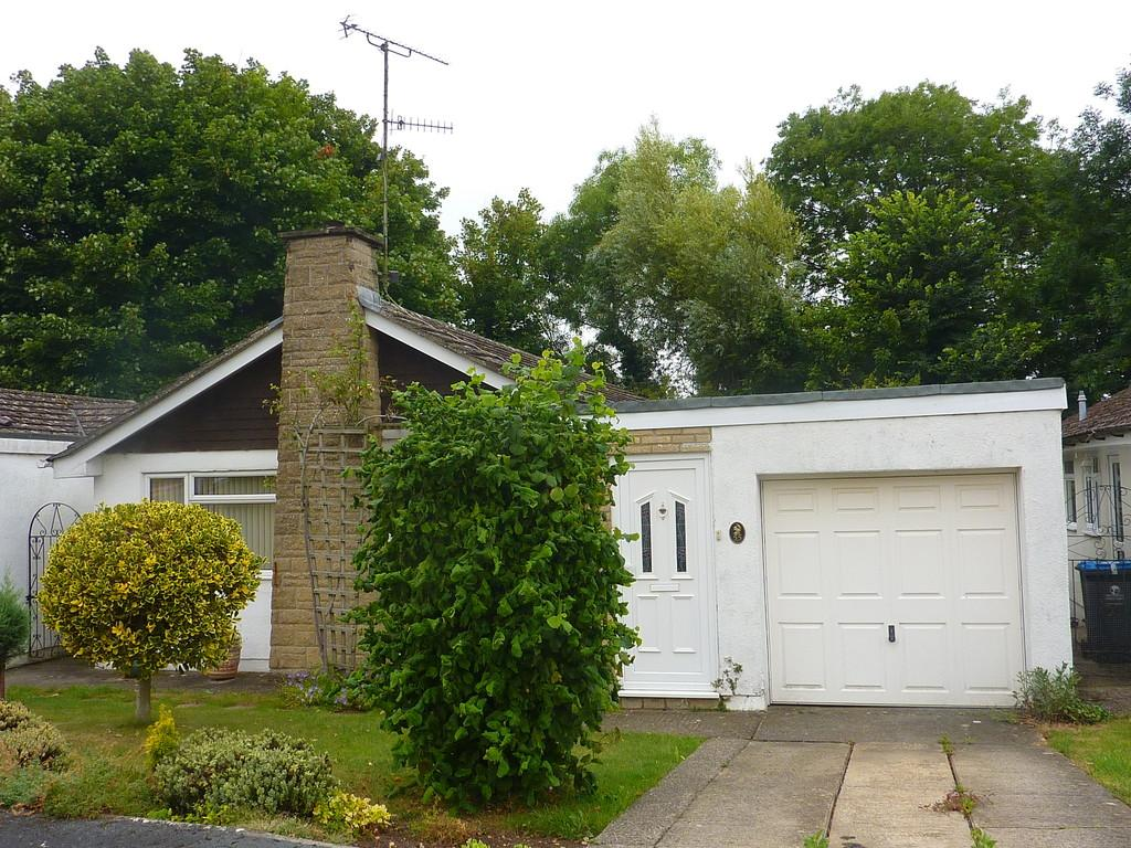 3 Bedrooms Detached Bungalow for sale in Chipping Norton, Oxfordshire
