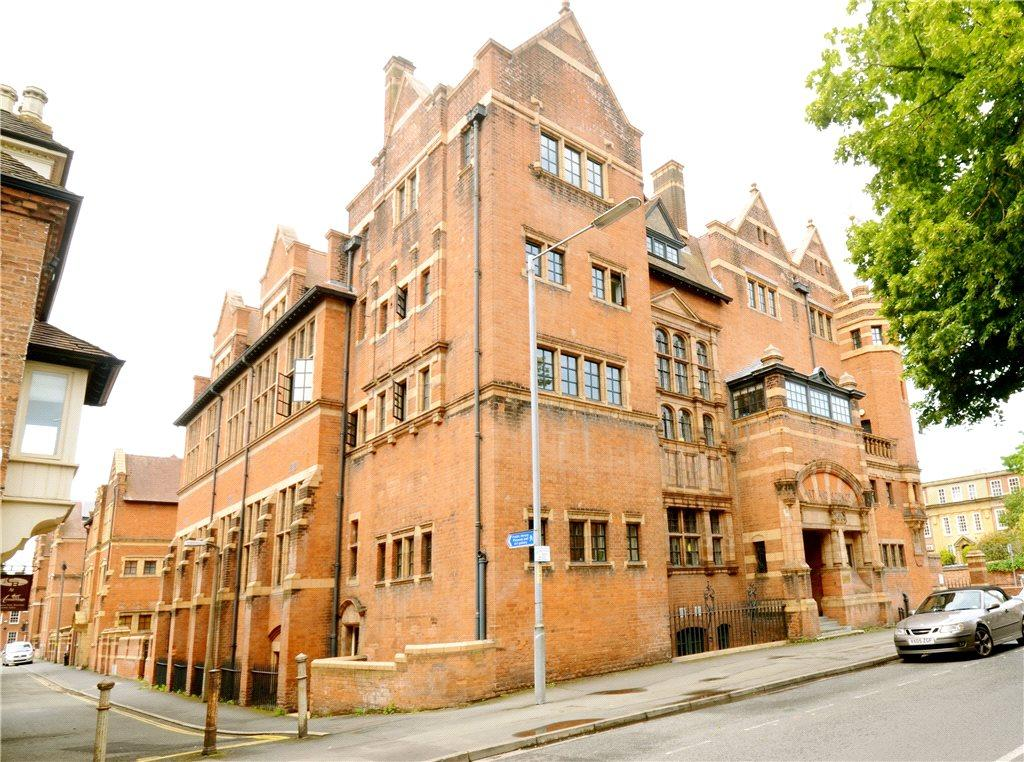 1 Bedroom Apartment Flat for sale in Victoria Institute, Sansome Walk, Worcester, Worcestershire, WR1