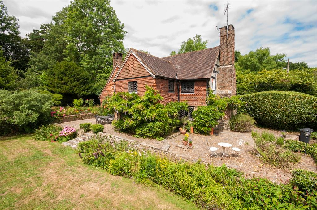 4 Bedrooms Detached House for sale in Stan Hill, Charlwood, Horley, Surrey, RH6
