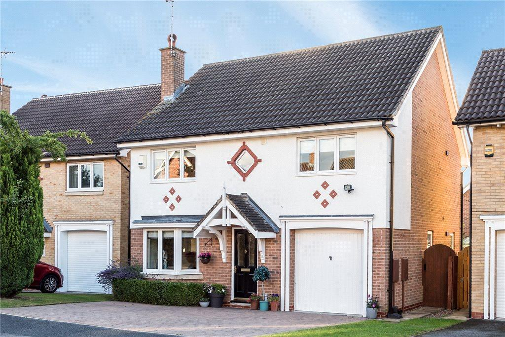 4 Bedrooms Detached House for sale in Norwood Court, Knaresborough, North Yorkshire