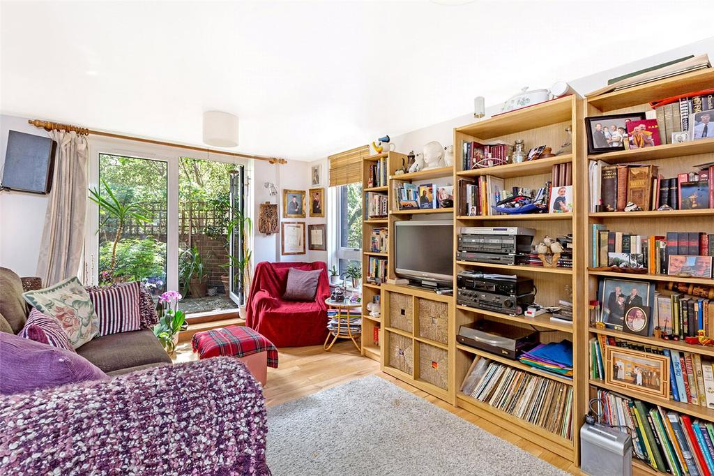 2 Bedrooms Flat for sale in Odhams Walk, London, WC2H