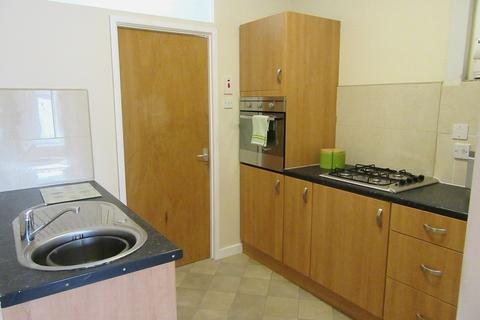 1 bedroom flat to rent - Bryn Road, Loughor, Swansea, City And County of Swansea. SA4 6PG