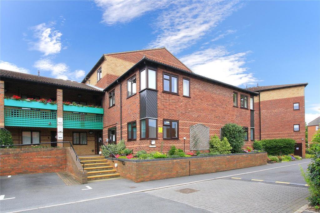 2 Bedrooms Flat for sale in Marlborough Court, West Bridgford, Nottingham, Nottinghamshire, NG2