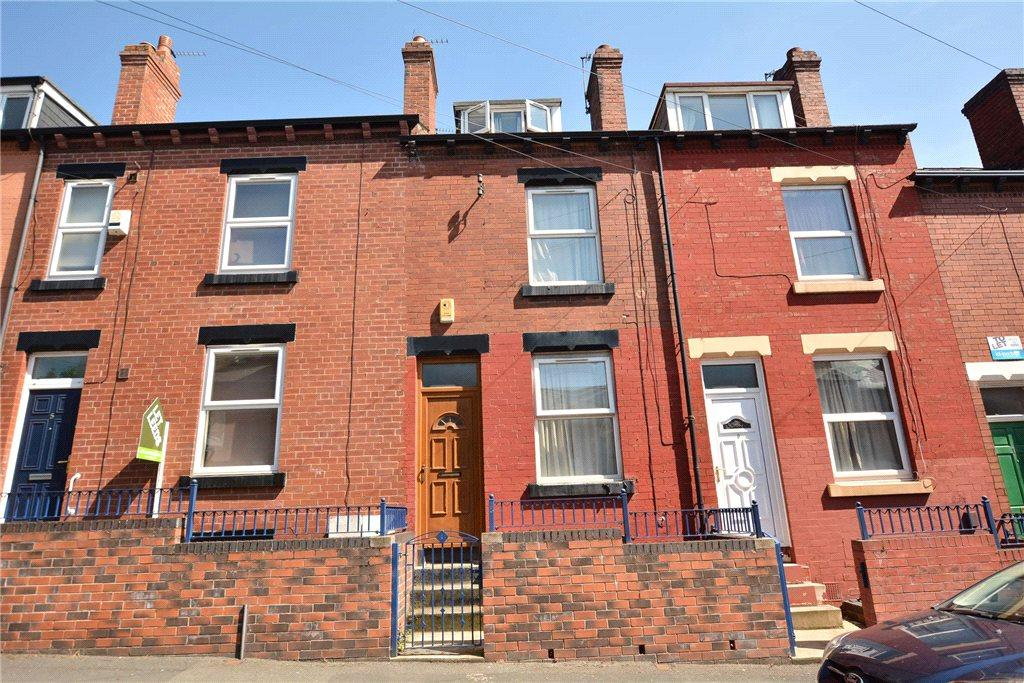 4 Bedrooms Terraced House for sale in Carberry Place, Leeds, West Yorkshire