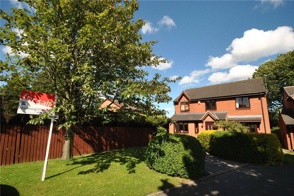 4 Bedrooms Detached House for sale in Wayland Close, Leeds, West Yorkshire