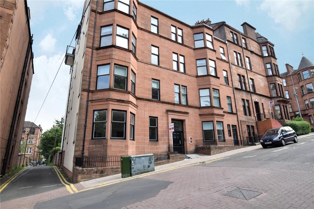 3 Bedrooms Apartment Flat for sale in 0/1, Great George Street, Hillhead, Glagow
