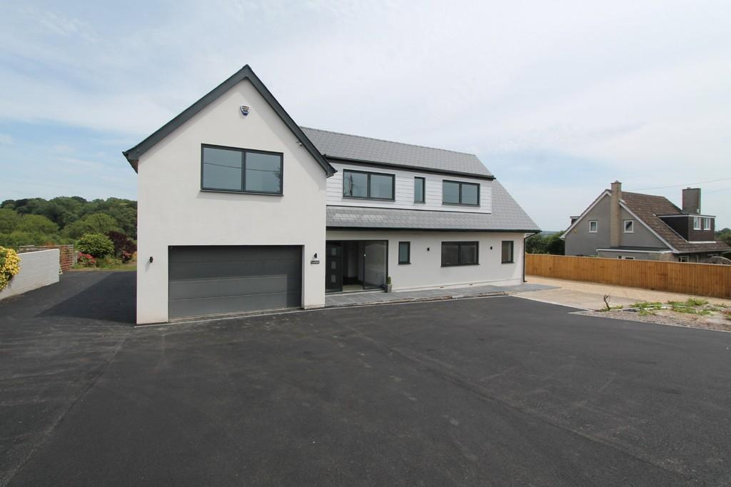 5 Bedrooms Detached House for sale in High Littleton, Near Bristol