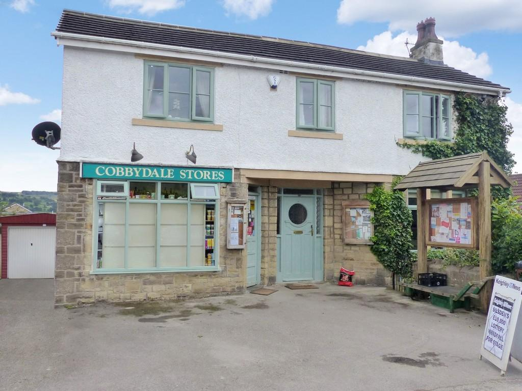 4 Bedrooms Detached House for sale in Howden Road, Silsden