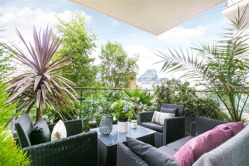 2 Bedrooms Flat for sale in Omega Building, Smugglers Way