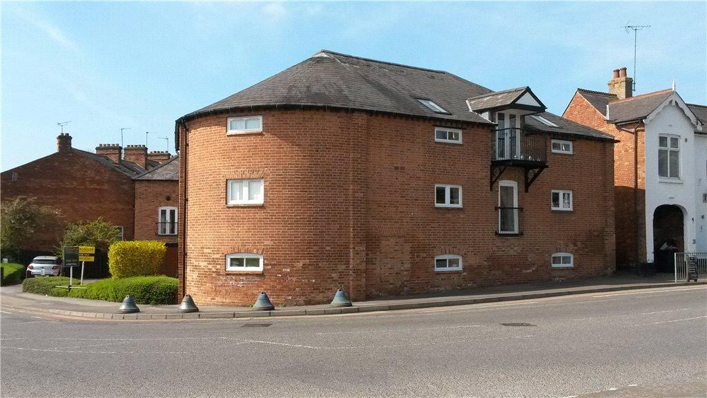2 Bedrooms Flat for sale in The Maltings, Fairfield Road, Market Harborough, Leicestershire