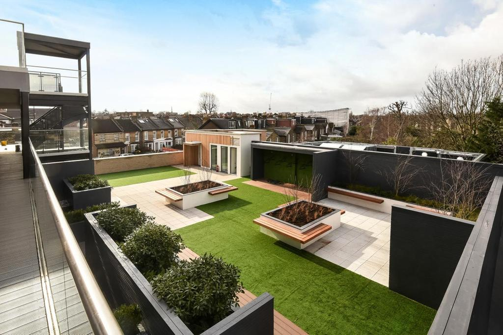 2 Bedrooms Flat for sale in Lordship Lane, East Dulwich, SE22