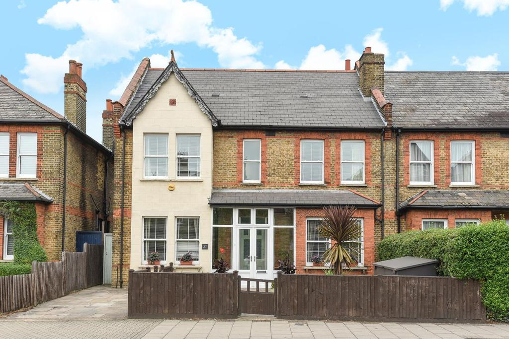 4 Bedrooms Semi Detached House for sale in Bromley Road, Beckenham, BR3