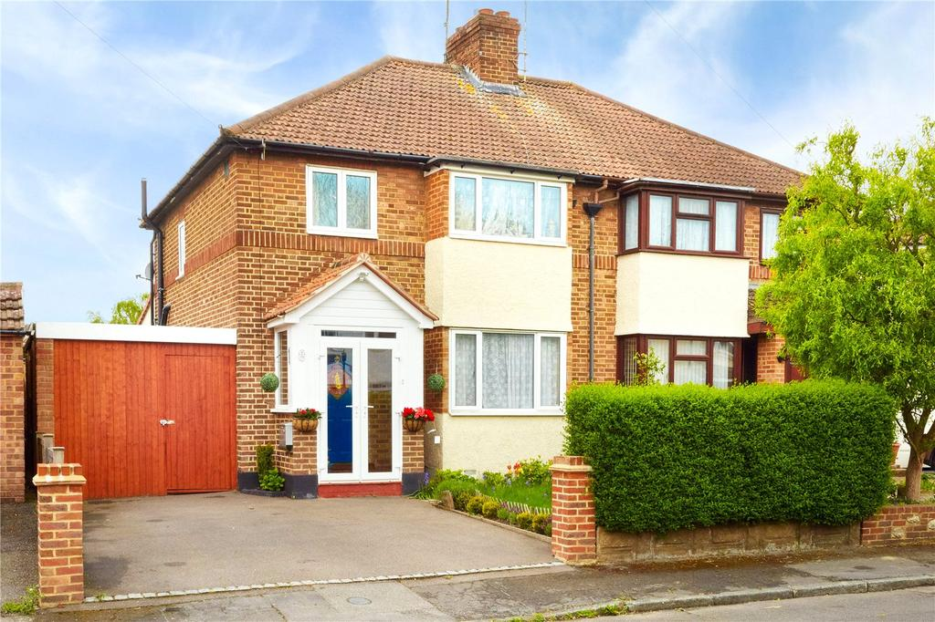 3 Bedrooms Semi Detached House for sale in Lennard Road, Dunton Green, Sevenoaks, Kent, TN13