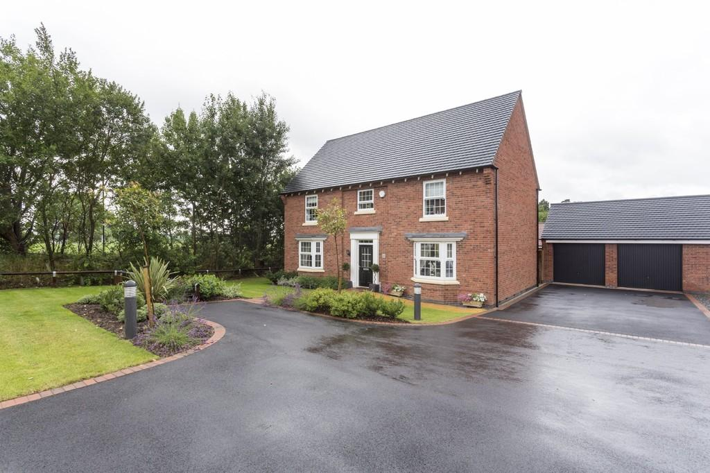 5 Bedrooms Detached House for sale in Galloway Road, Drakelow