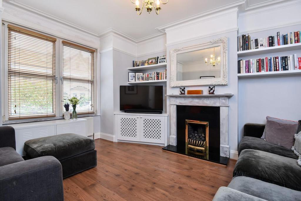 3 Bedrooms Terraced House for sale in Fallsbrook Road, Furzedown, SW16