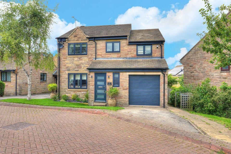 4 Bedrooms Detached House for sale in 6 Scarlett Oak Meadow, Stannington, Sheffield S6 6FE
