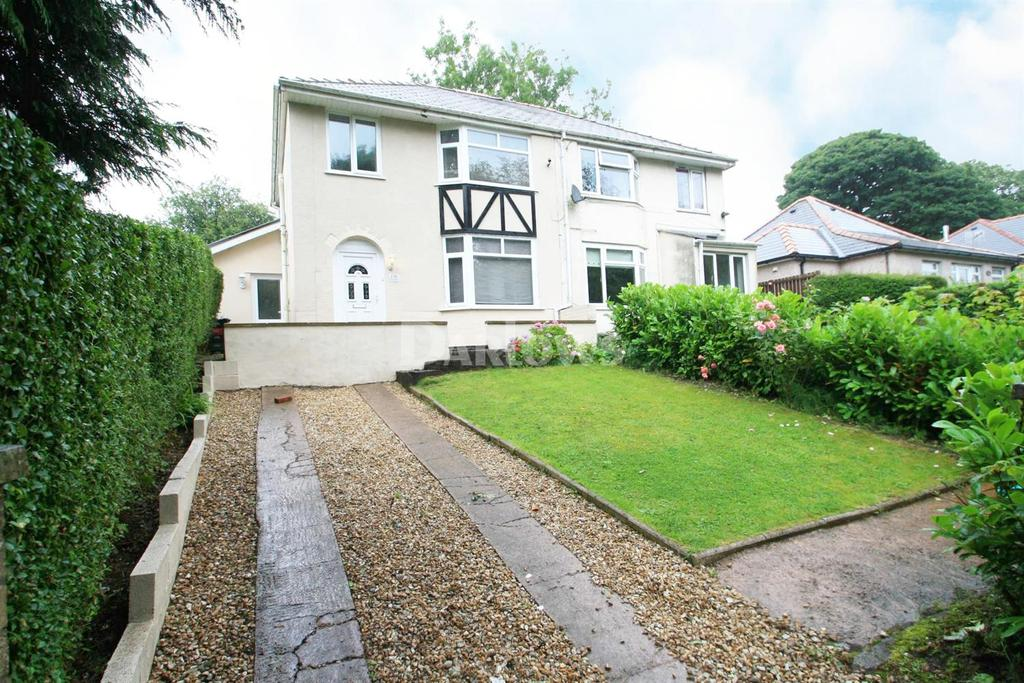 3 Bedrooms Semi Detached House for sale in King Street, Brynmawr, Gwent