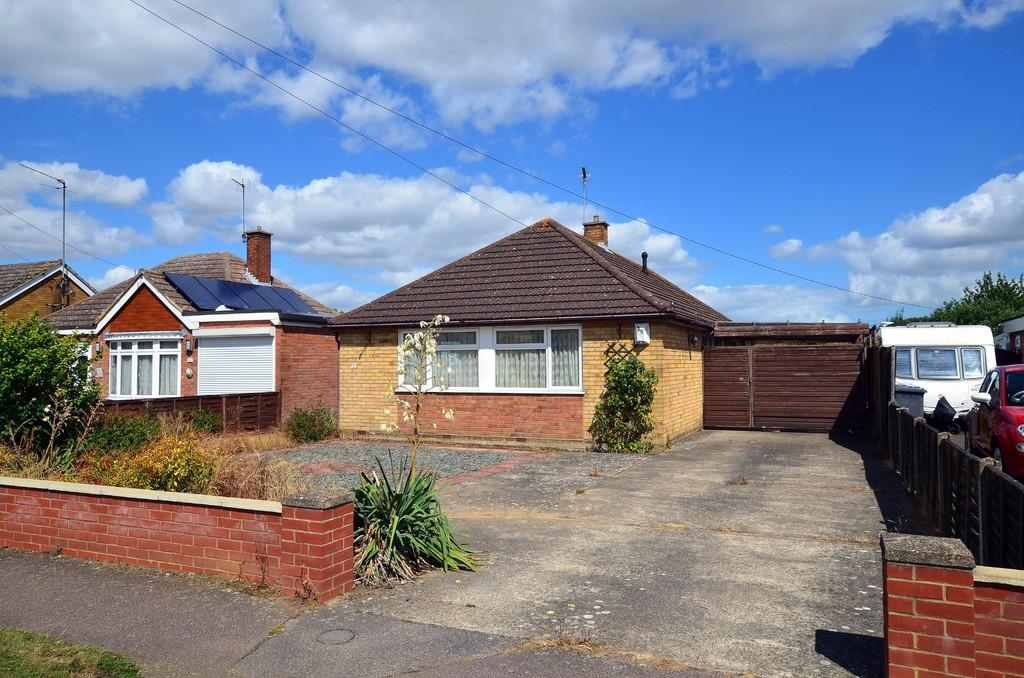 3 Bedrooms Detached Bungalow for sale in Camborne Road, Kesgrave