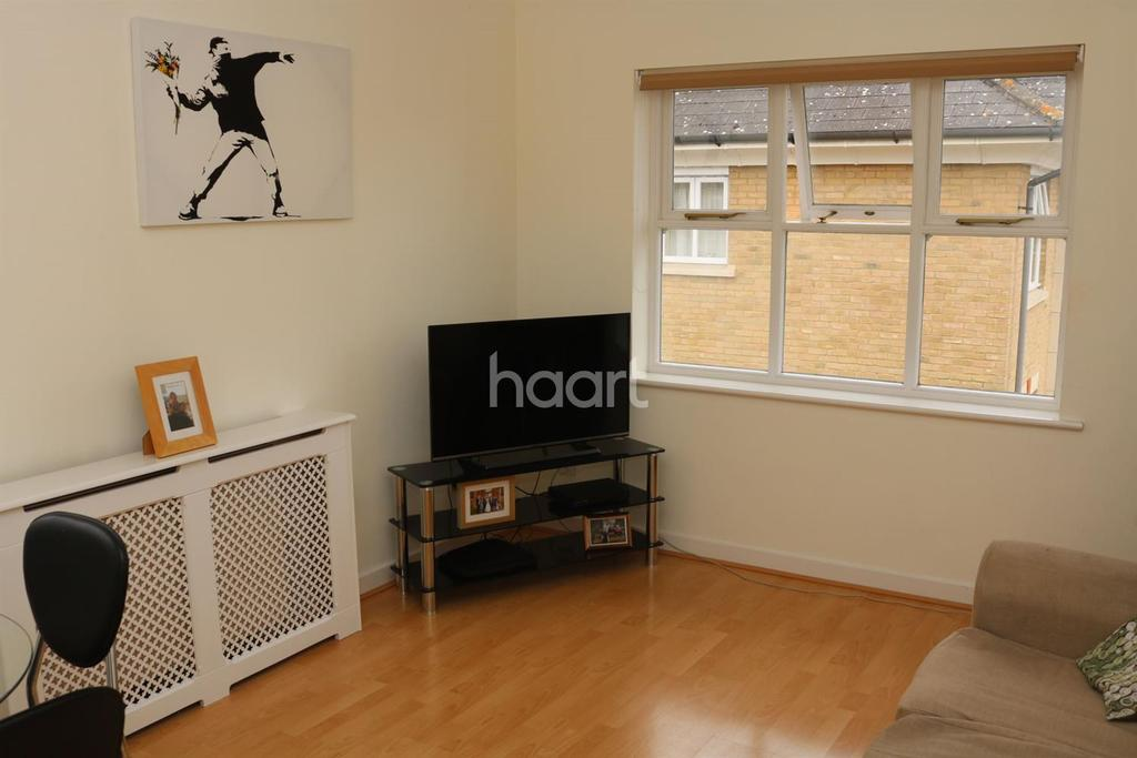 1 Bedroom Flat for sale in Staplefiord Close, Chelmsford