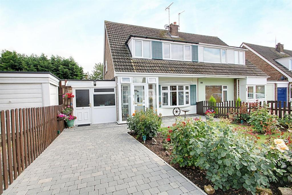 3 Bedrooms Semi Detached House for sale in Brightlingsea